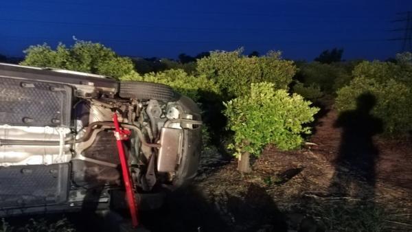 Ferit un home després de bolcar el seu cotxe en la V-30 al seu pas per Paterna