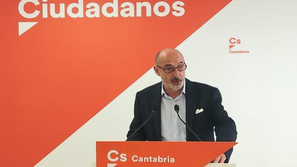 Felix Alvarez da por hecho la 'expulsión' de la concejala 'tránsfuga' de Cs en Campo de Suso