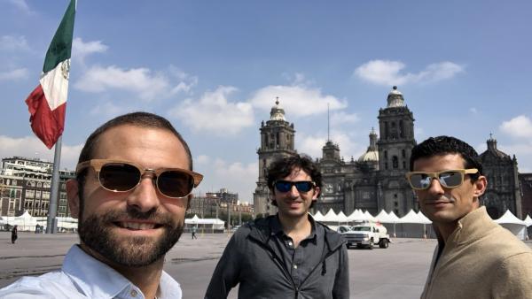 ++++++Tres Emprendedores Zaragozanos Triunfa En Internet Con La Venta De Relojes De Pulsera En Madera