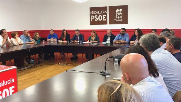 Sevilla.- El PSOE aprueba por unanimidad que Villalobos repita como candidato a la Presidencia de la Diputación