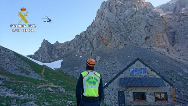 Sucesos.- Buscan desde ayer a un menor de 13 años desaparecido en la vertiente leonesa de Picos de Europa