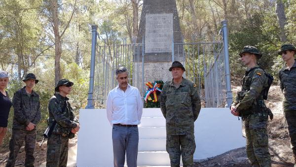 La Comandancia General de Baleares rinde homenaje en Cabrera a los prisioneros franceses de guerra de la independencia