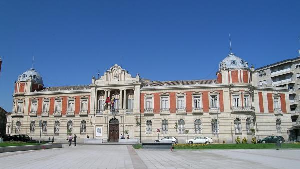 Caballero afronta su segunda legislatura en la Diputación de Ciudad Real con un equipo renovado en un 47%