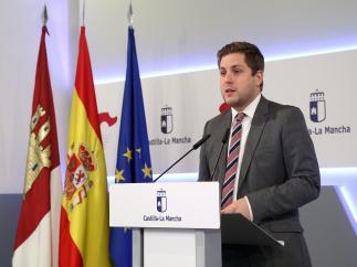Hernando no cree que Cs haya alcanzado un acuerdo con PSOE en C-LM porque sean 'amigos' sino para tener 'influencia'