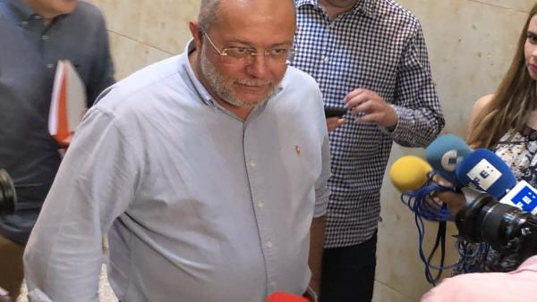 Igea subraya que Luis Fuentes 'es el candidato de Cs' y que sus procuradores se comportarán 'como un partido unido'