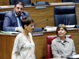 La líder del PSN, María Chivite, ante Uxúe Barkos y Unai Hualde, de Geroa Bai.