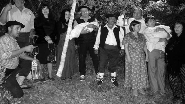 Zaragoza.- Los vecinos de Lobera de Onsella recrearán el Rito del Herniado en la noche de San Juan
