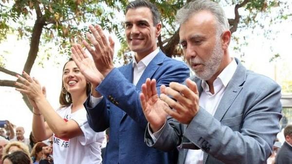 Pedro Sánchez y Ángel Vïctor Pérez