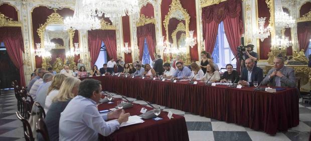 Cádiz.- PP insta a Diputación a estudiar la vía alternativa a la travesía de la CA-9120 a su paso por Torre Alháquime