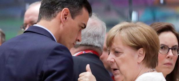 Sánchez presiona a PP y Cs para que se abstengan en plena negociación con Podemos de un Gobierno ...