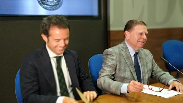 Oviedo.- Canteli (PP) ve 'excesivamente nervioso' a Wenceslao López y exige 'rotundamente' respeto a él y a Cuesta