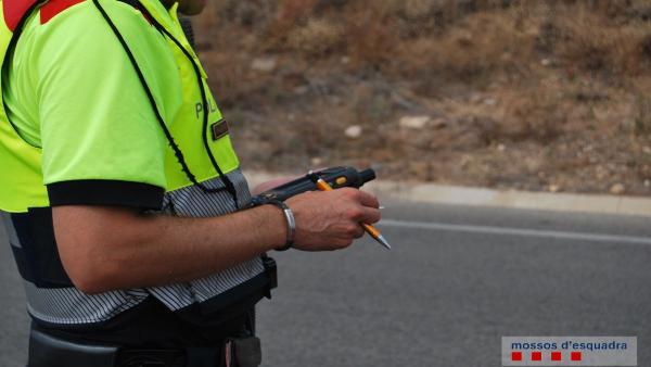 Successos.- Denunciat un conductor per sextuplicar la taxa d'alcohol a Alcanar (Tarragona)