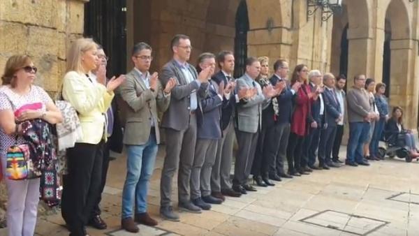 El alcalde de Oviedo cree que la muerte de David Carragal fue 'un accidente' y espera que 'nunca más vuelva a pasar'