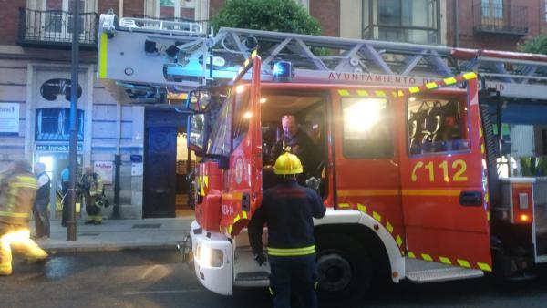 Sucesos.- Sofocado un incendio en una gestoría ubicada en la calle María de Molina de Valladolid