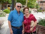 Juan y Carmen, dos jubilados en la plaza de Chamberi