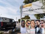 El furgón con La Manada ingresa en prisión