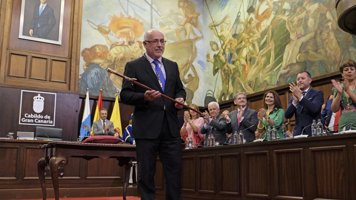 Resultado de imagen de Morales reclama, como presidente del Cabildo de Gran Canaria, un trato justo a la isla