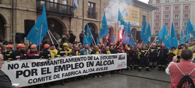 Alcoa.- Trabajadores de la planta avilesina se concentrarán este viernes frente a la sede del PSOE en Oviedo