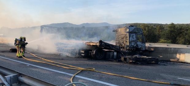 Accidente de un camión en Capmany (Girona)
