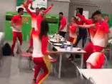 El equipo español de atletismo baila Rosalía en Minsk