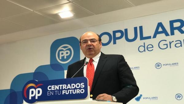 El candidato del PP a la Alcaldía de Granada, Sebastián Pérez.