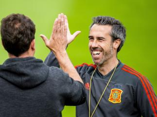 Jorge Vilda continúa al frente de la Roja