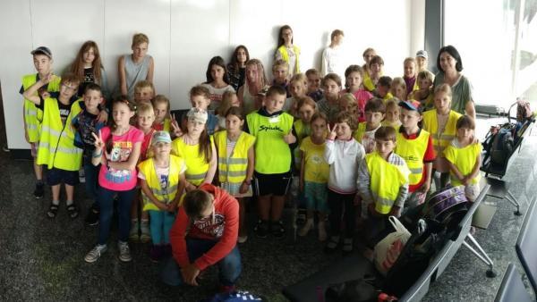 Menores de Chernóbil llegan a Loiu para pasar verano en Euskadi