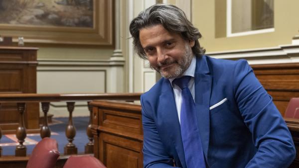 Gustavo Matos (PSOE), nuevo presidente del Parlamento de Canarias