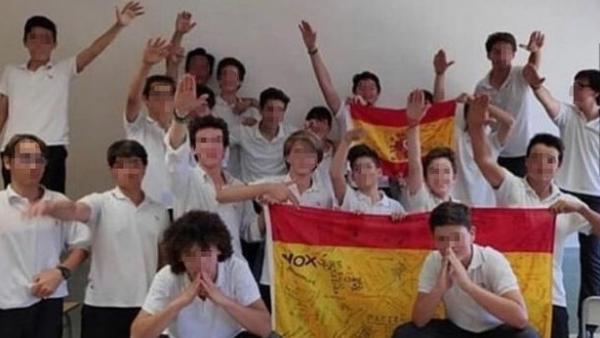 Alumnos del colegio Aixa-Llaüt.