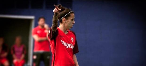 El zasca de una jugadora del Sevilla a un tuitero que despreció el fútbol femenino: