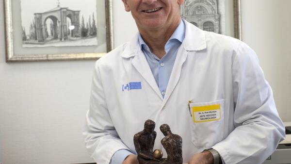El jefe de Neumología del San Pedro, Carlos Ruiz premiado por la Sociedad de Neumología