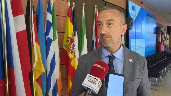 Murcia reclama a la UE que dé financiación directamente a las regiones que primero acogen inmigrantes