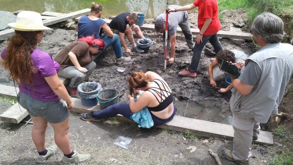 Las excavaciones en La Draga permiten mejorar el conocimiento sobre el poblado neolítico