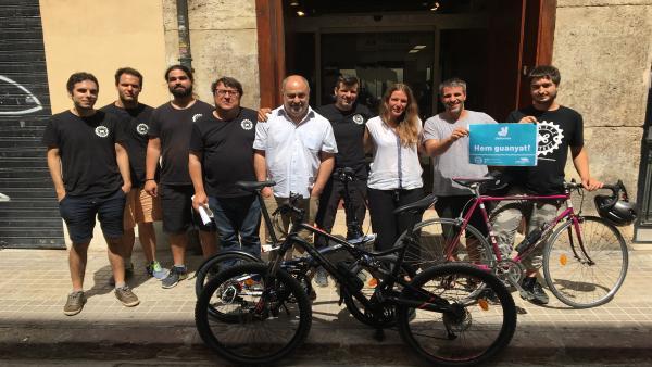 Primera sentencia colectiva sobre los riders de Deliveroo en València