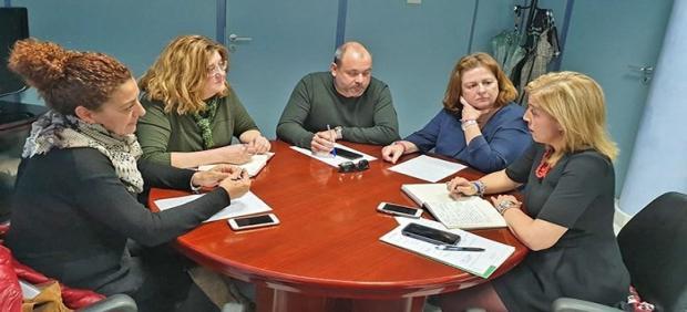 Eva Pajares con representantes sindicales