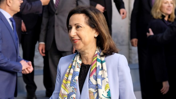 Margarita Robles a la salida de un congreso de la OTAN en Bruselas