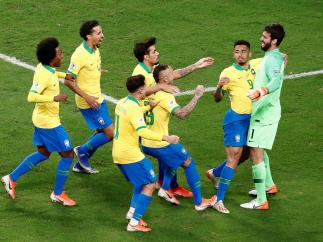 Brasil a cuartos de la Copa América
