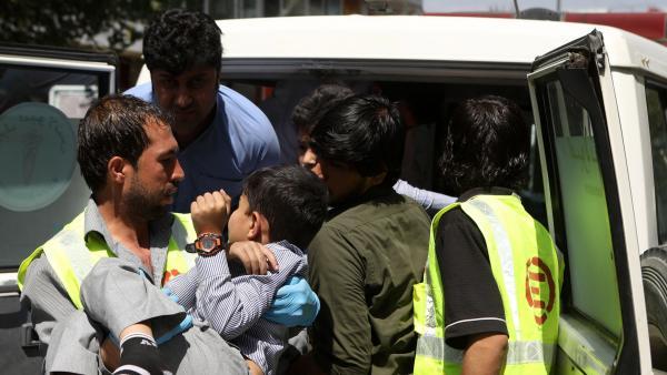 Al menos 11 muertos y 65 heridos tras un ataque con coche bomba en Kabul