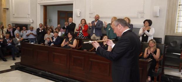 Investidura de Carles Pellicer (JxCat) como alcalde de Reus (Tarragona) por tercer mandato