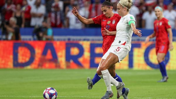 Estados Unidos e Inglaterra en semifinales del Mundial femenino