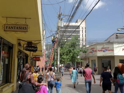 Vista general de una calle peatonal en Tegucigalpa (Honduras)