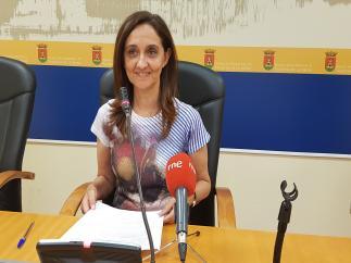 Portavoz del equipo de Gobierno talaverano, Flora Bellón, en rueda de prensa.