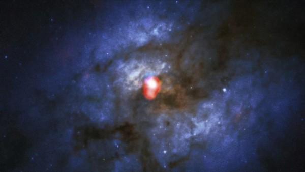 Imagen de la galaxia ARP220