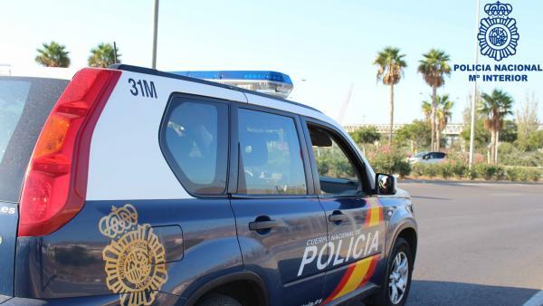 Coche de la Policía Nacional (recurso)