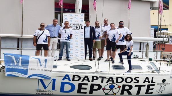 La Diputación de Málaga apoya a la primera tripulación con discapacidad que competirá en la Copa del Rey de Vela