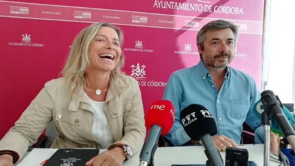 Isabel Albás y Miguel Ángel Torrico en la rueda de prensa