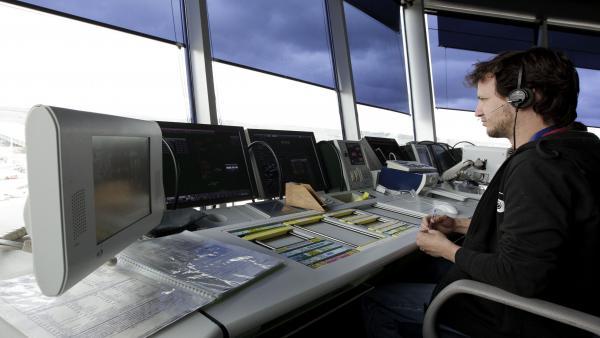 Controlador aéreo en una torre de control