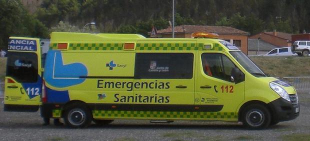 AMP.- Suc.- Atendidas dos personas afectadas por el incendio de una vivienda en Salamanca
