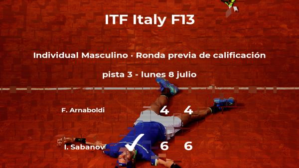 El tenista Ivan Sabanov consigue la plaza para la siguiente fase tras ganar en la ronda previa de calificación