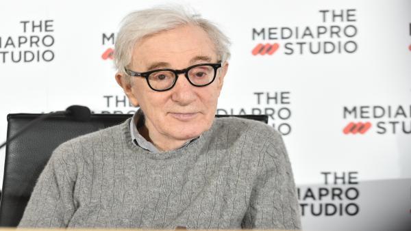 Woody Allen comparece con motivo del inicio del rodaje de su nueva película en San Sebastián, con el título provisional 'WASP2019'.